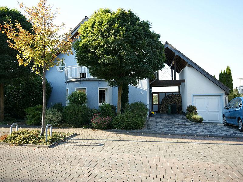 Rhein-Hunsrück-Kreis: Einfamilienhaus mit Weitblick in Emmelshausen
