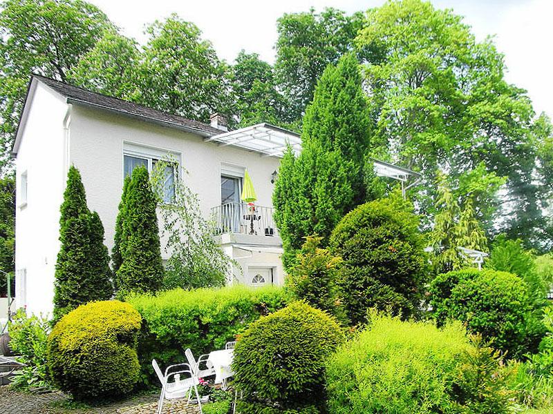 Rhein-Hunsrück-Kreis: Einfamilienhaus mit freiem Rheinblick in Boppard