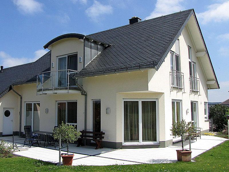 Rhein-Hunsrück-Kreis: Modernes, exklusives Einfamilienhaus mit moedernster Technik bei Emmelshausen
