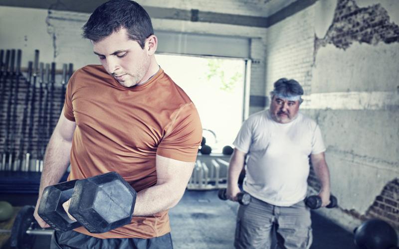 staring-gym-member-hamers360fitness