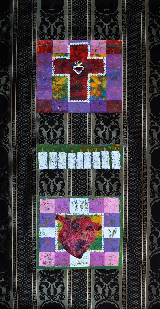 Título:  Nueve días Medidas: 210 X 80 cm Técnica: collage/ tela (óleo, hojalata, tela estampada)