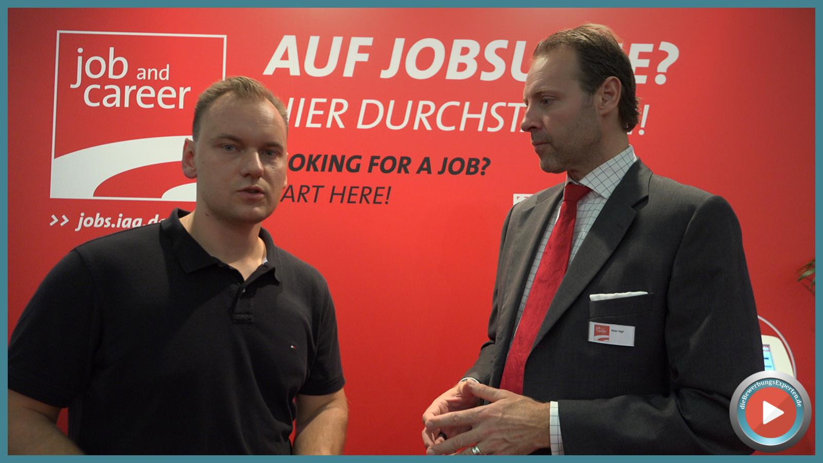 Michael Karasjew im Gespräch mit Peter Vogl, Projetktleiter der Job and Career auf der IAA 2015