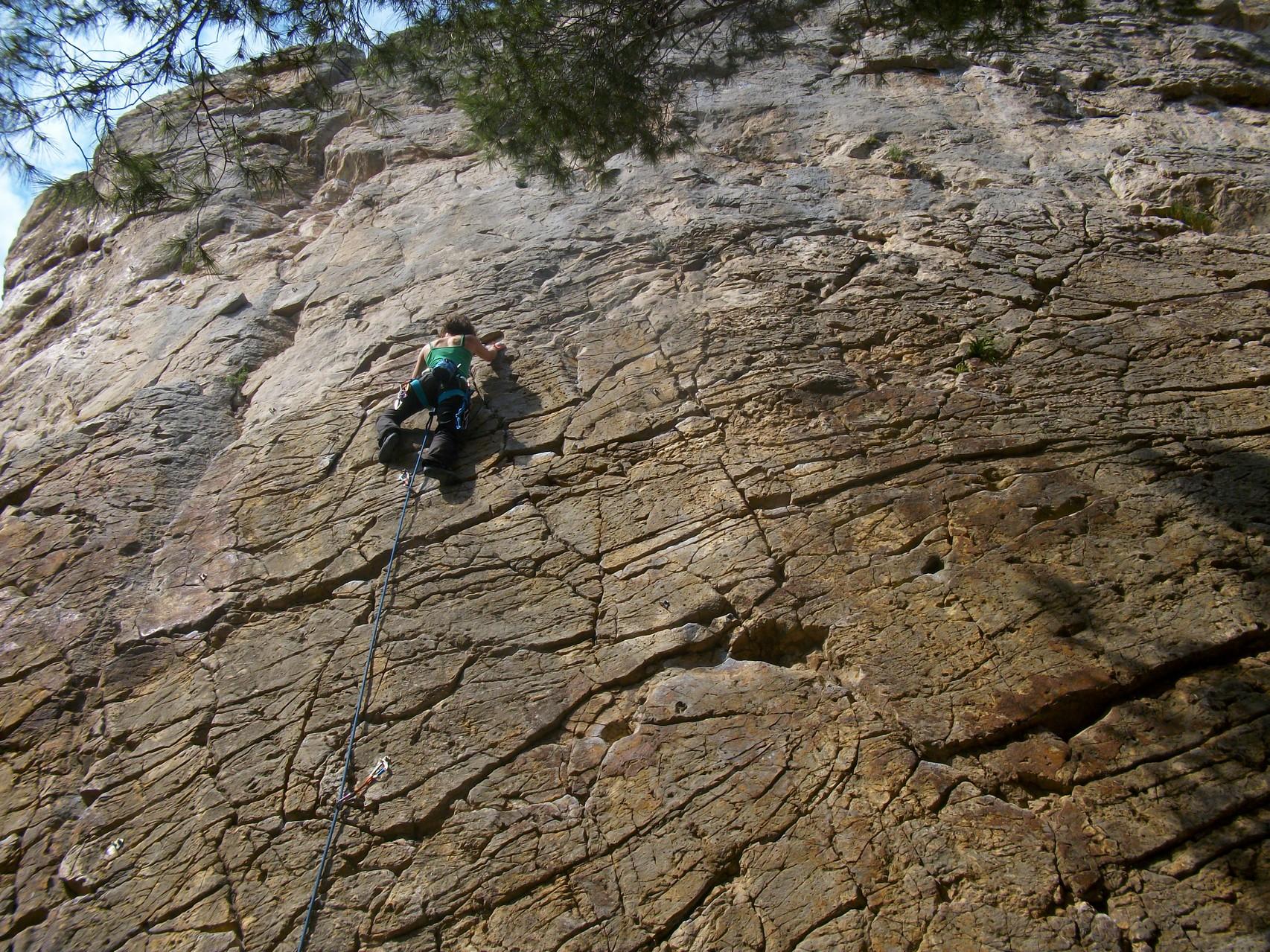 Kletterausrüstung Outdoor : Outdoor kletterkurs bei münchen klettern draußen am fels tact
