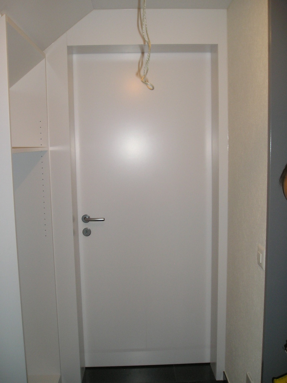 Türe mit angebautem Schrank in Nottwil