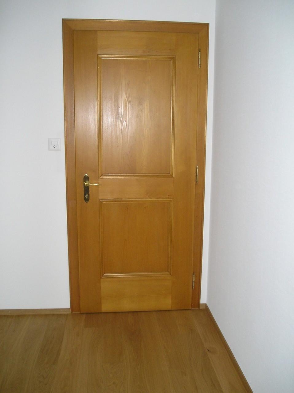 Zimmertüre in Fichte gestemmt