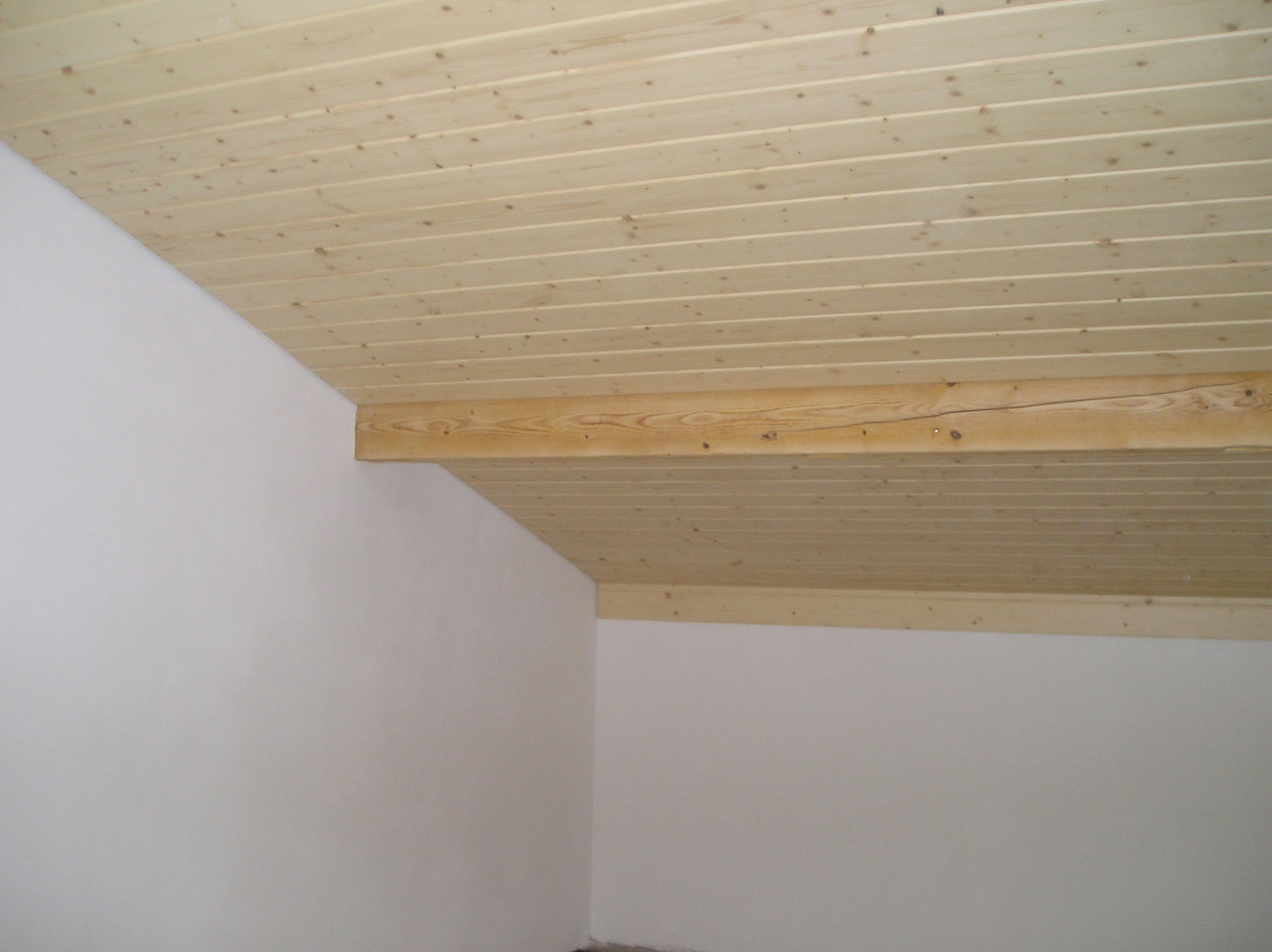 Täfer Nord. Fichte, Decke Dachschräge in Kottwil