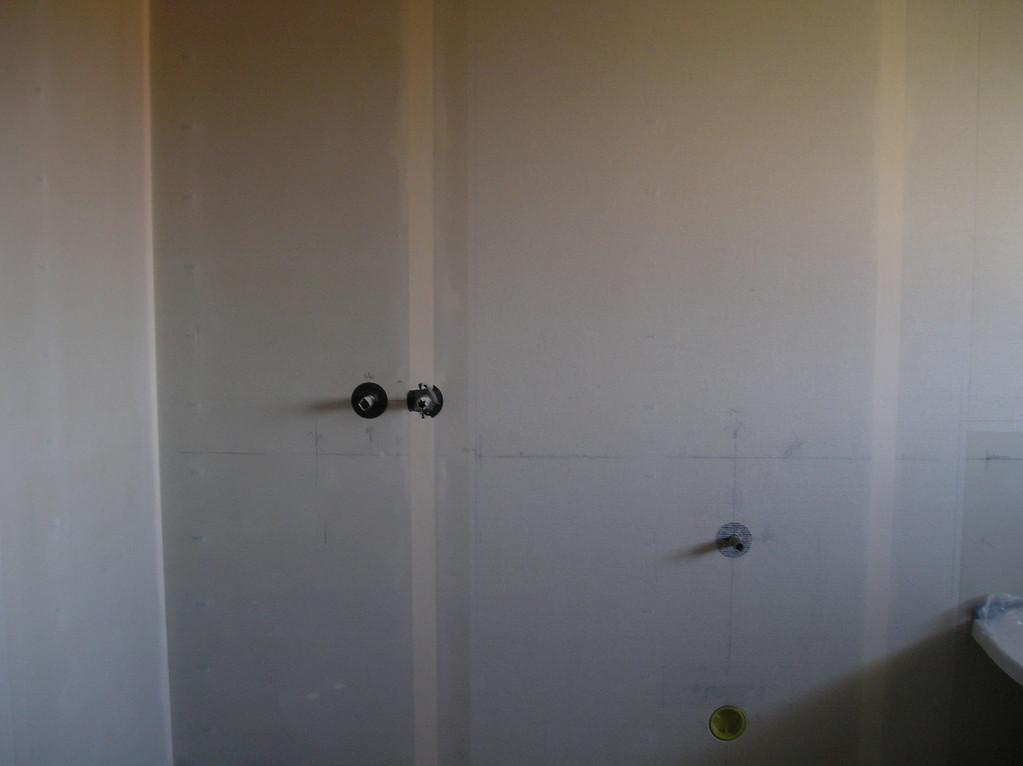 Beplankte Wand mit Gibsplatten
