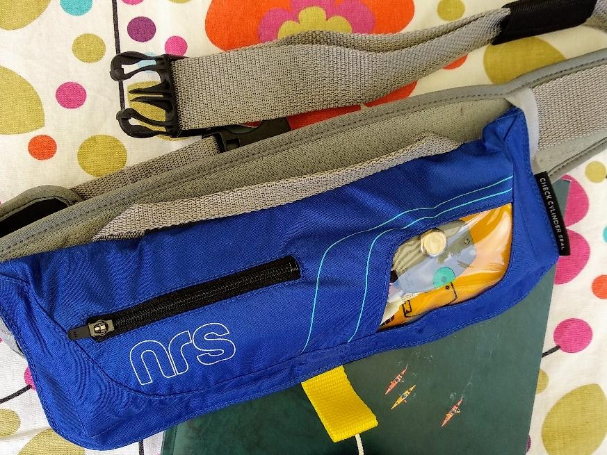 Inflatabke Life Jacket von NRS (unaufgeblasen/unausgelöst)