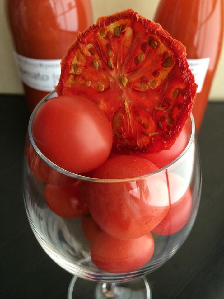 ドライトマトはワインのお供に