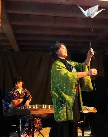 Spectacle de CONTE en ORIGAMI parsemé de quelques HAIKU et de chansons japonaises