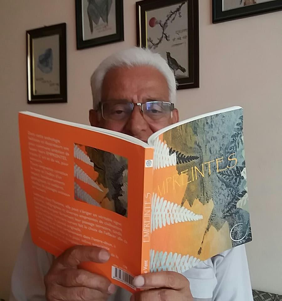 Godhooli  Dinesh, depuis le NEPAL...