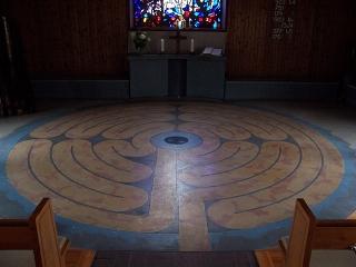 Scheidegg - Ev. Auferstehungskirche mit Labyrinth