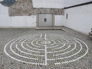 Augsburg-Göggingen - Labyrinth bei der Erlöserkirche