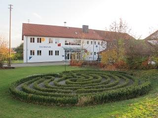 Walkertshofen (Grundschule - Labyrinth)