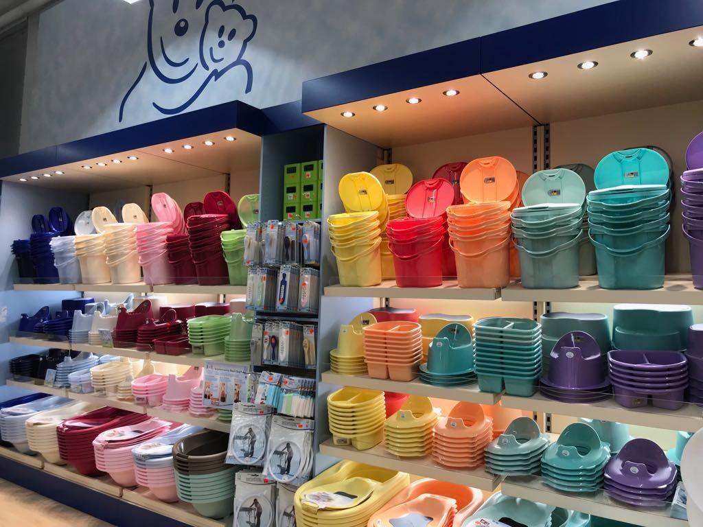 Farbenpracht und gigantische Auswahl selbstverständlich auch im Hygienebereich