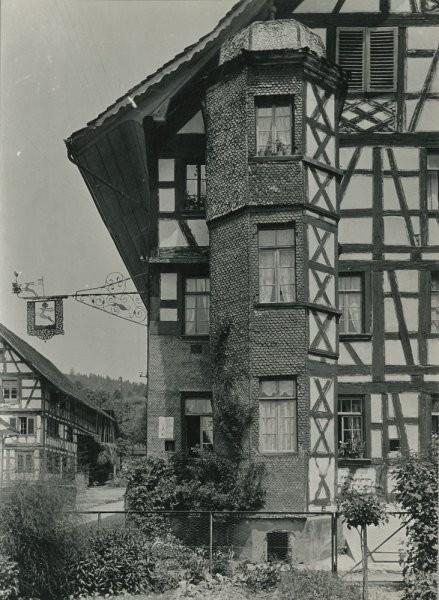 1915, Haus zum Hirschen, Erker