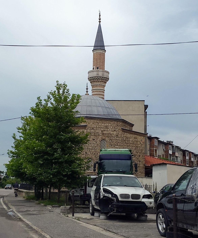 Hübsche kleine Moschee in Albanien