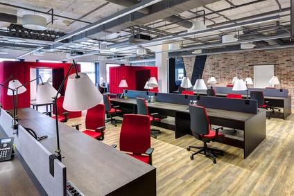 agence epure - Qu'il soit en Open space pour favoriser la créativité ou cloisonné pour préserver la confidentialité, le bureau s'est fait coloniser par l'esprit start-up.