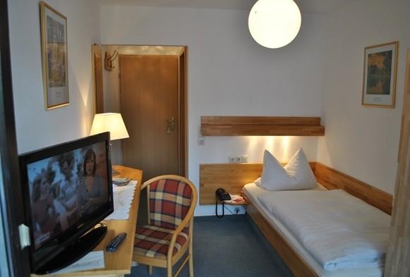 Www Hotel Breitenbacher Hof De