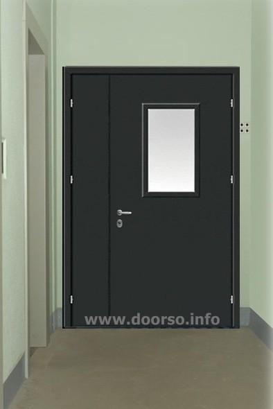 подъездная дверь со стеклом.
