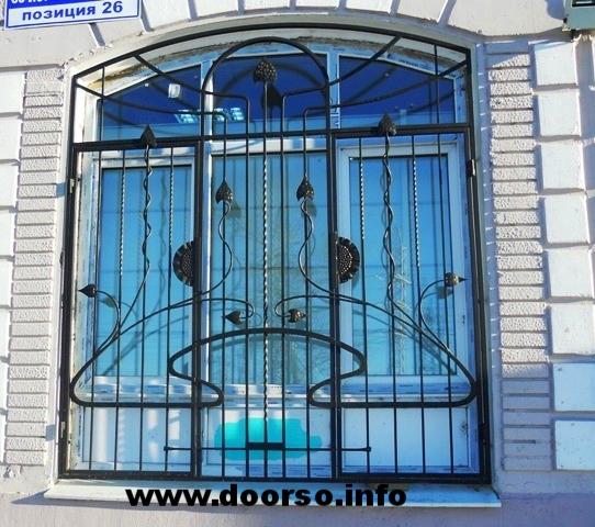 окна и железная дверь в можайске