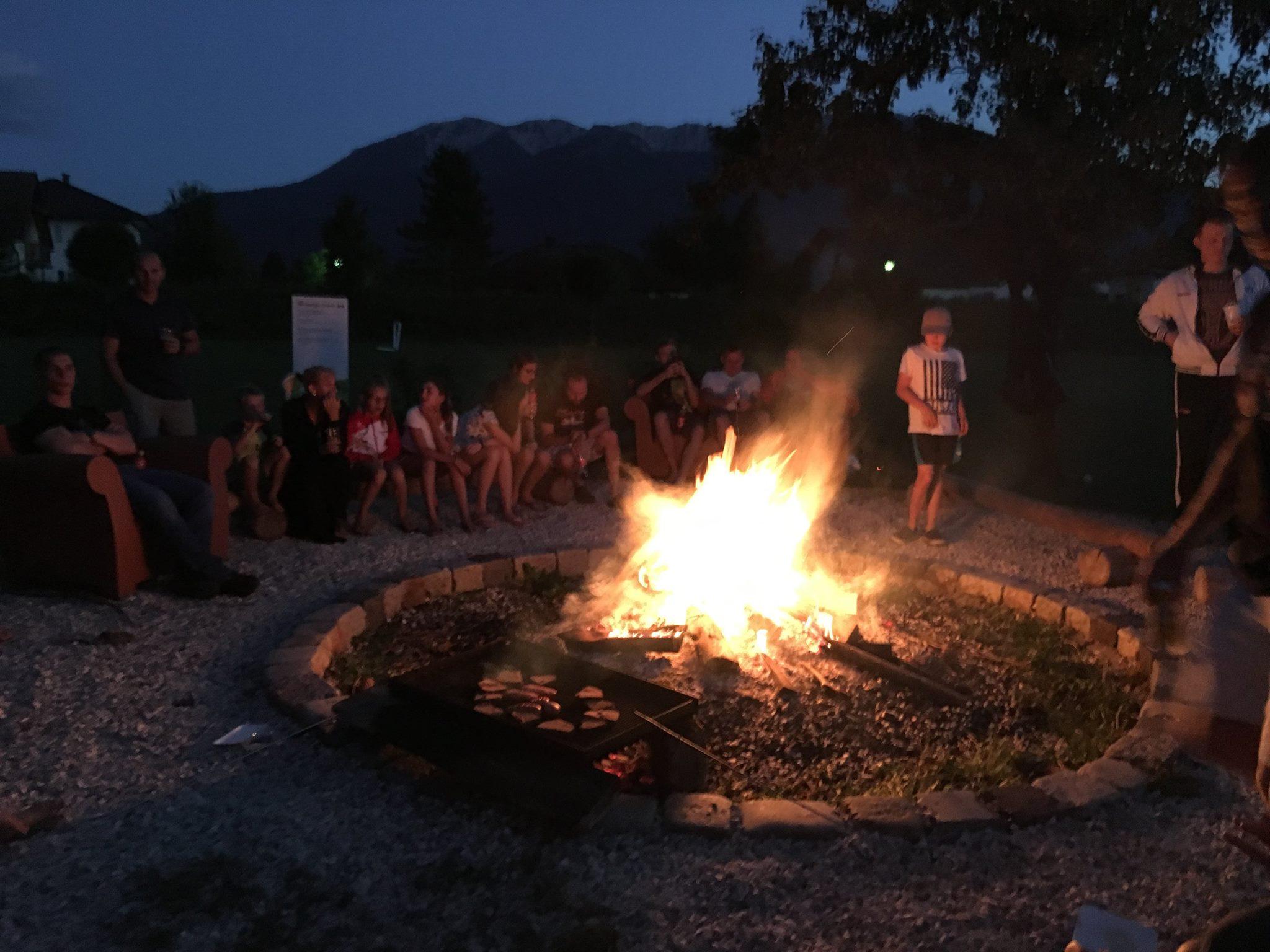 Lagerfeuer ist ein muss beim CAMP