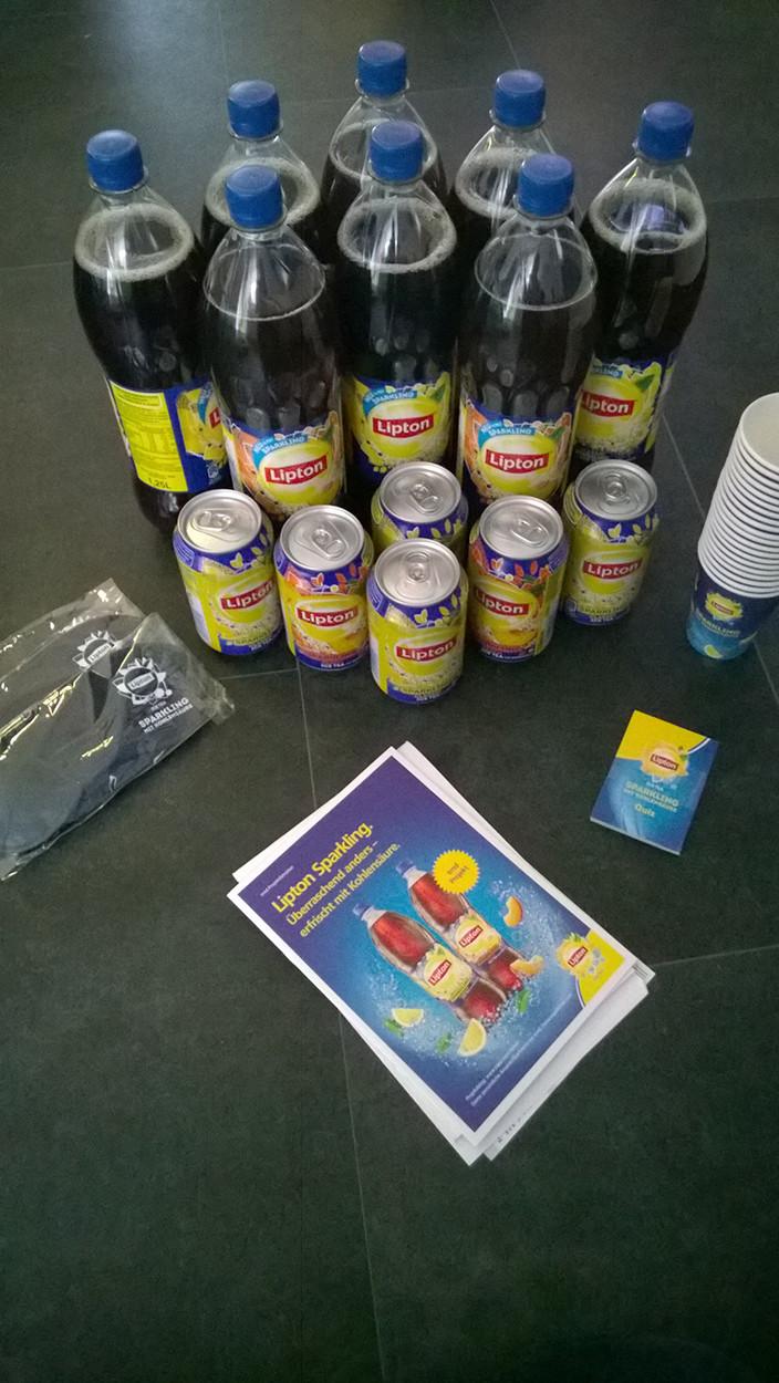 Der Paketinhalt - Lipton Sparkling