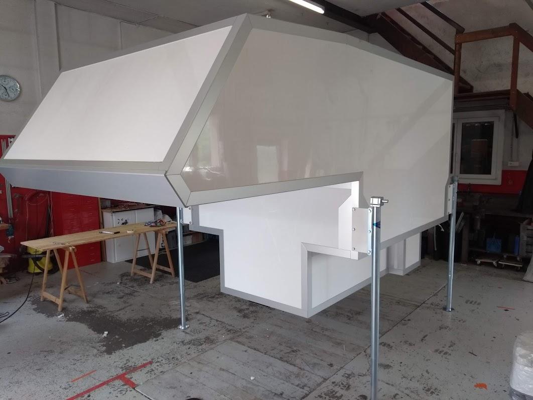 Limo Leer-Kabine mit 2m Bodenlänge und 1,6m Alkoven