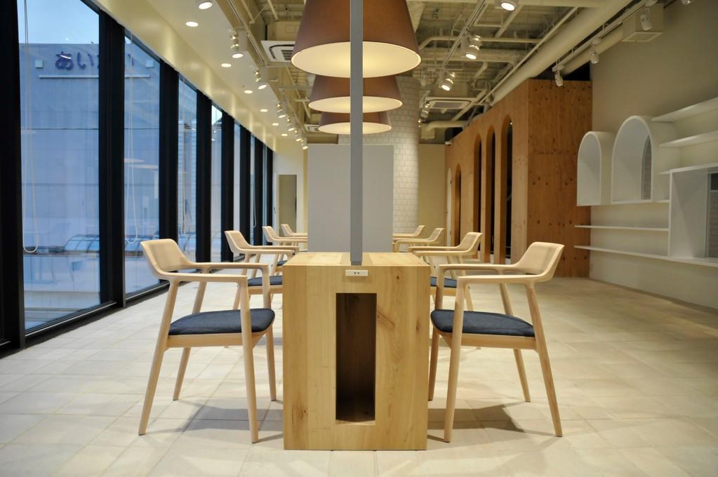 深沢直人デザインhiroshimaシリーズのマルニの椅子