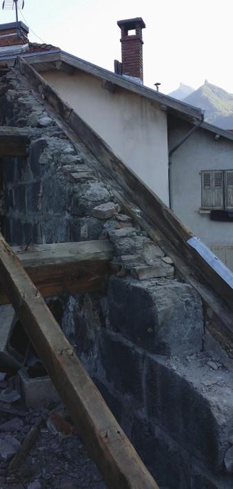 Réfection complète : bois et arasés des murs