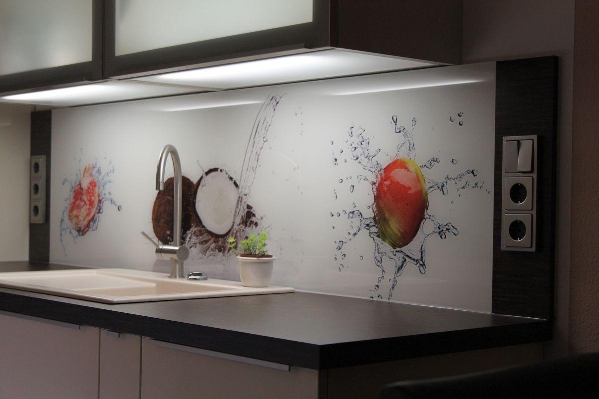 Fantastisch Küche Glasfliesen Bilder Zeitgenössisch - Küchenschrank ...