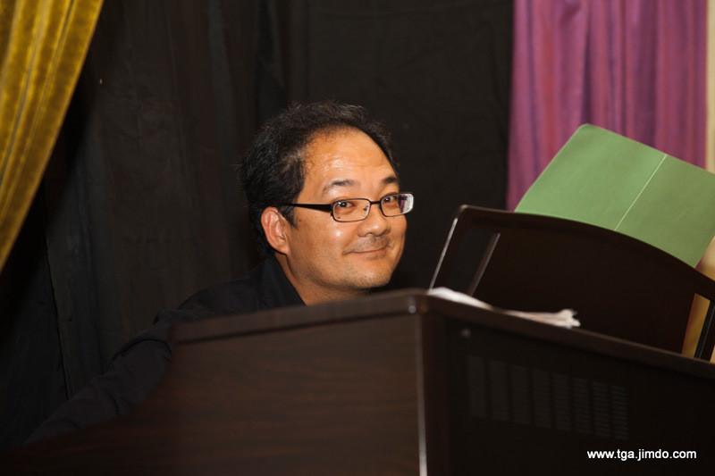 begleitet von Luen Liang am Piano