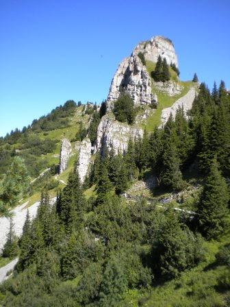 Daube - mit steilem Ufstieg zum Ussichtspunkt.