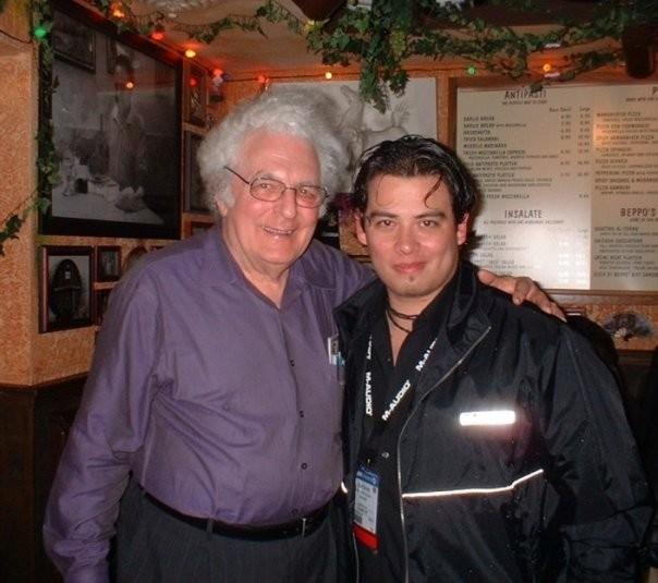 Con el genio y pionero de los sintetizadores, el Dr. Robert Moog.