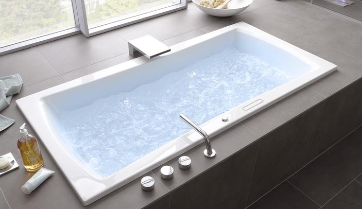 Grosse Badewanne badewannen acrylwannen lange typky badeinrichtungen