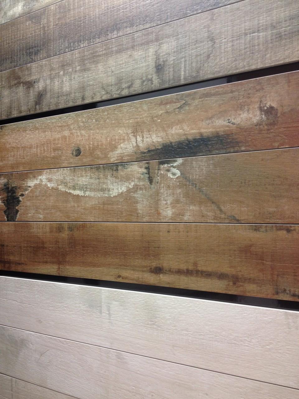 Fliesen in Holzoptik