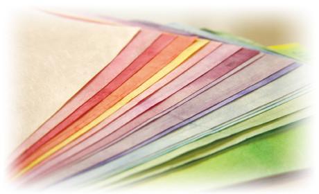 鳥取の和紙アクセサリー、YOBOTY、因州和紙の手漉きイメージ