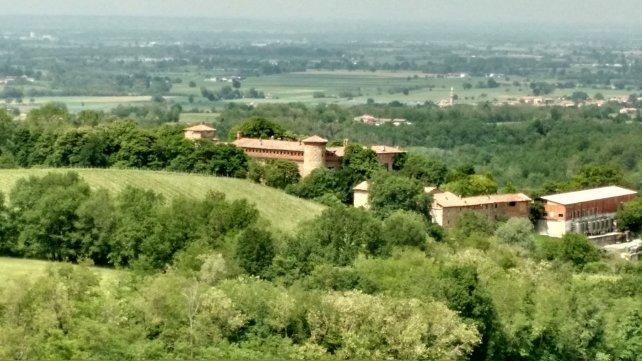 castello di Momeliano