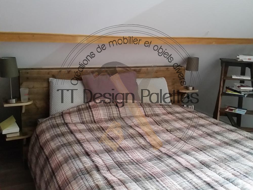 tête de lit avec tablettes et rangements
