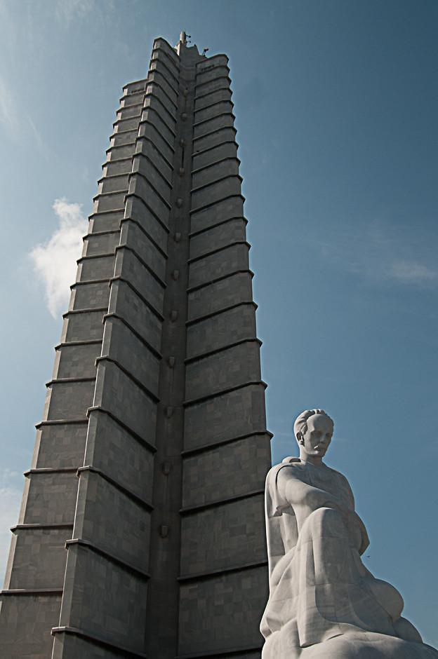 Josê Marti Denkmal. Am Platz der Revolution