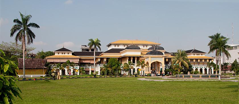 Istana Maimun Palast