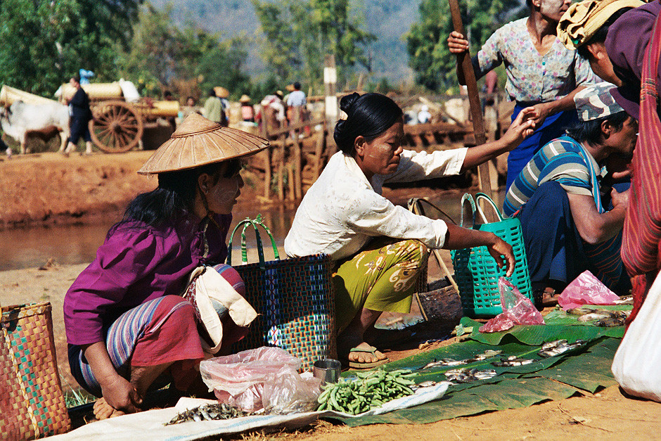 Marktfrauen am Inle See