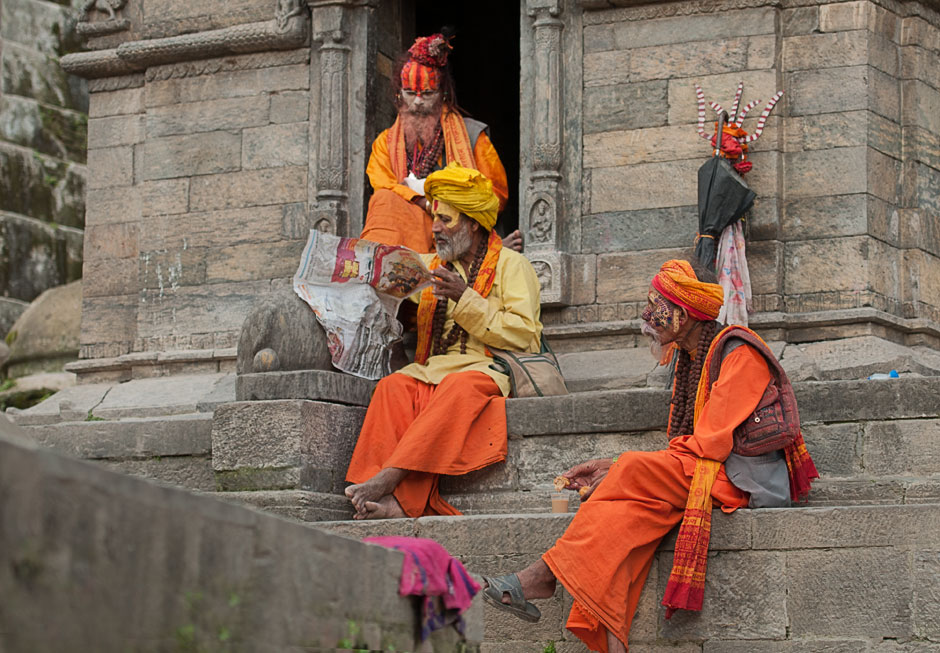 Sadhus im Guhyeshvari Tempel