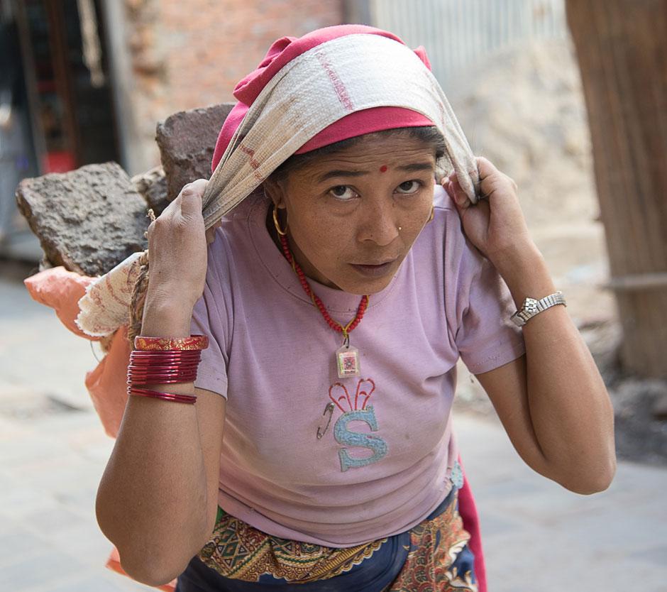 Schwerstarbeit, Trägerin, Kathmandu