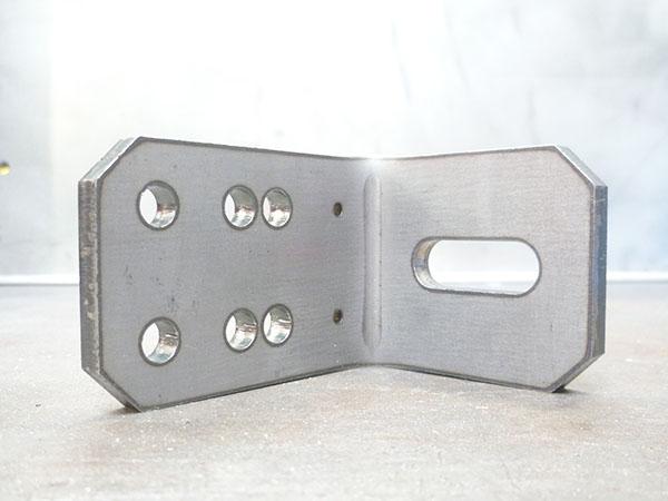 Support enrouleur en acier S235, épaisseur 8 mm