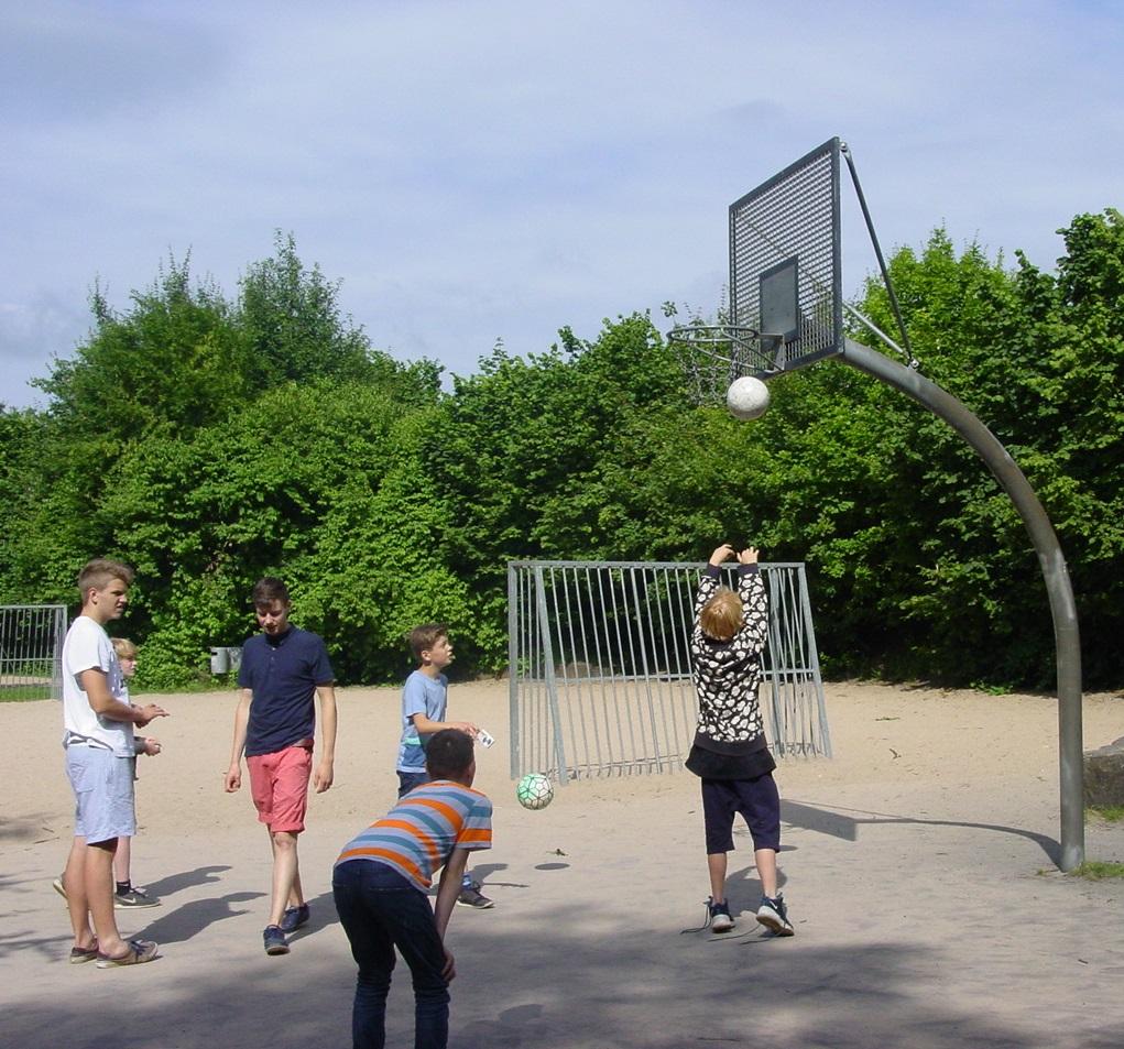 Teamsport auf unserem Außengelände