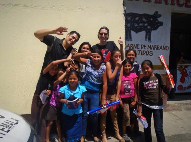 Yannic beim Besuch des Projektes in Guatemala Stadt