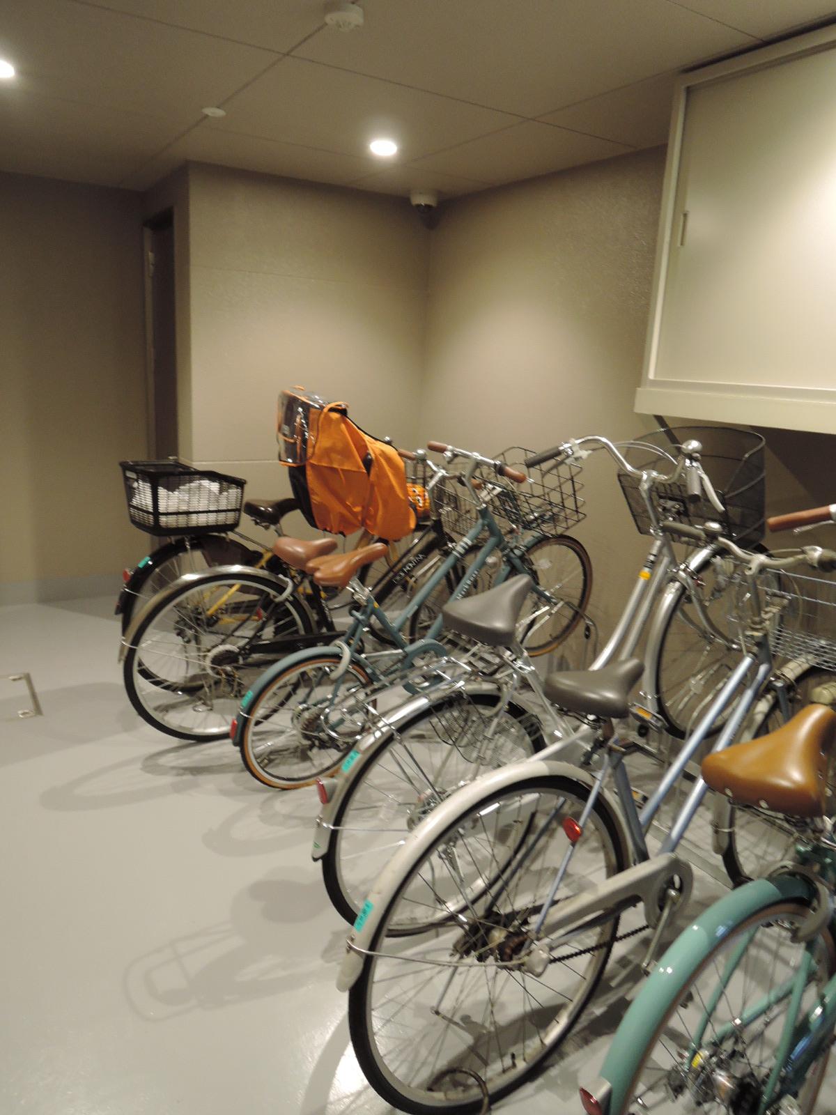 自転車置場にも防犯カメラ