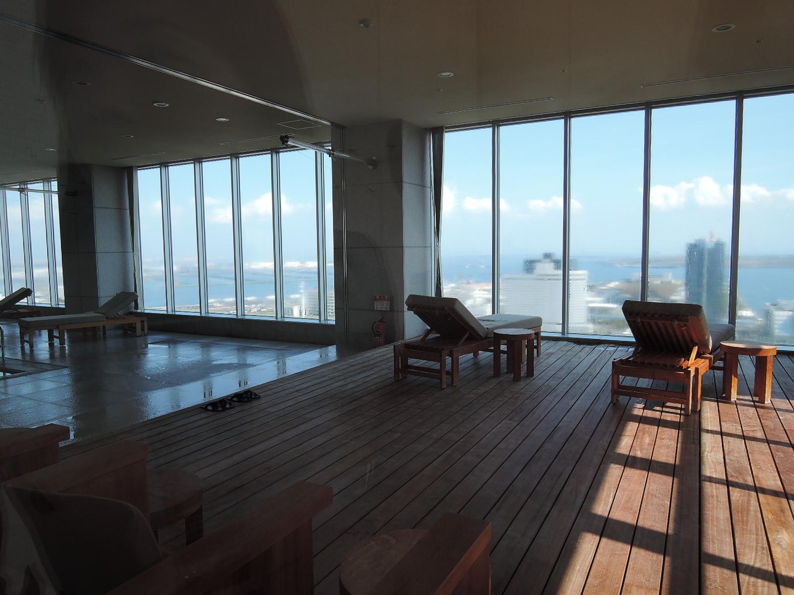 窓の外は素晴らしい眺望