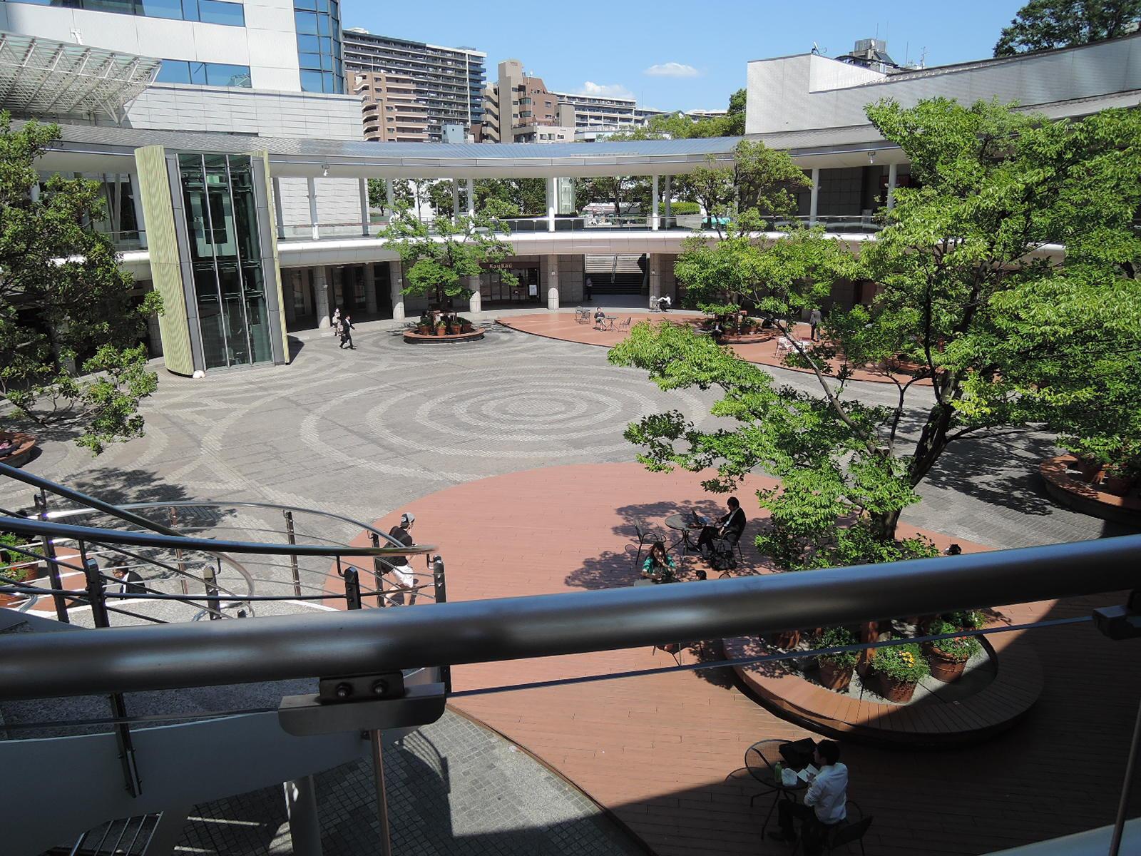 駅前の広場